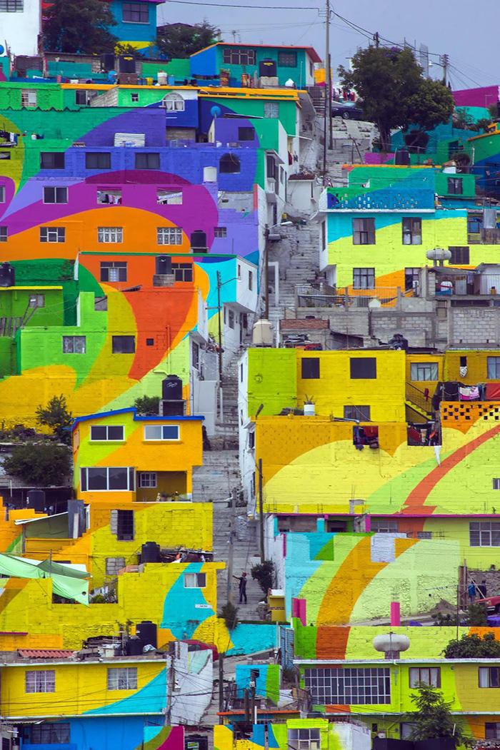 Pueblo-con-casas-pintadas-de-colores-Mexico-4