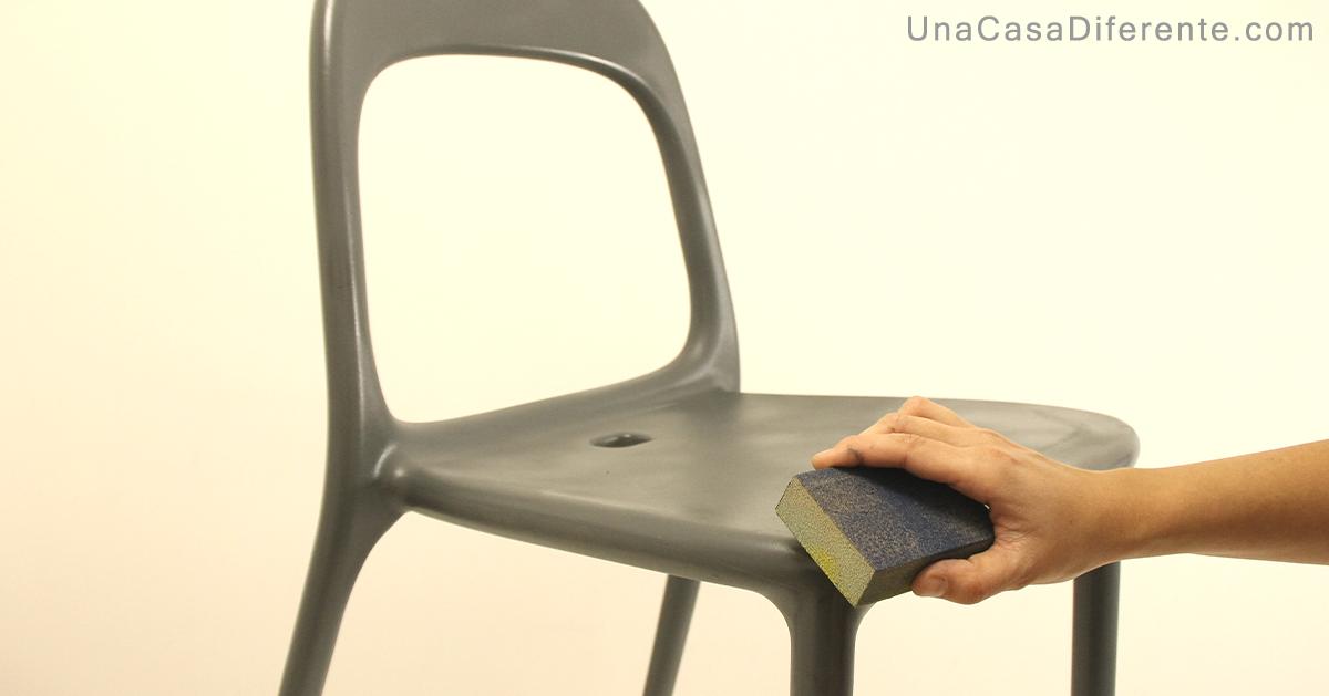 Como pintar sillas de plástico con pintura efecto envejecido